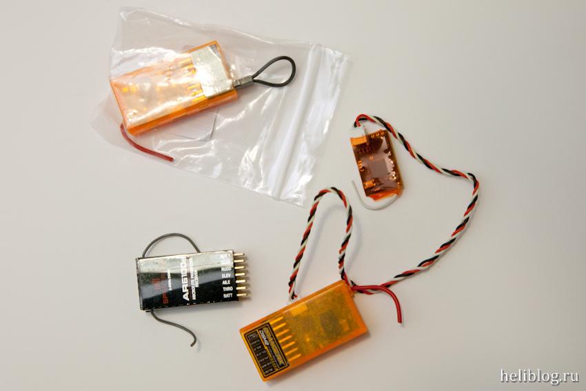 Оригинальный приемник Spektrum AR6100e и его китайский клон OrangeRX R610, а также сателлит для него